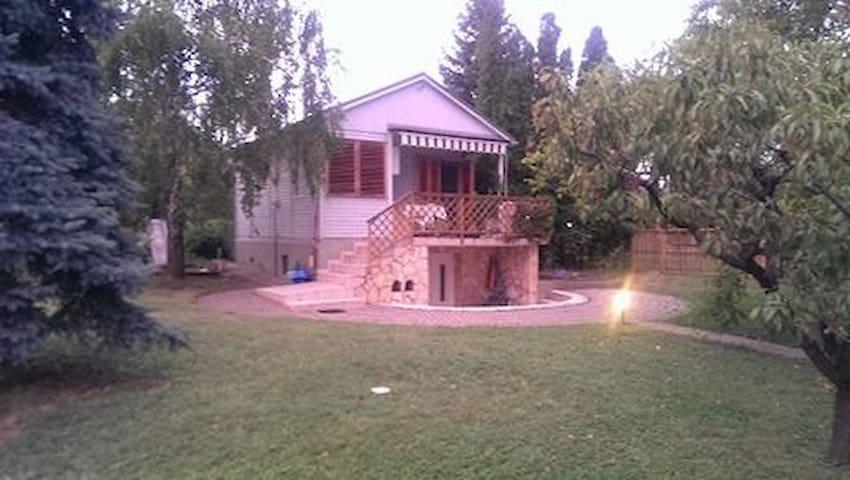 Forrás Vendégház, Lovas / Balaton