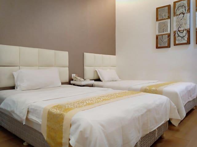 Budget twin sharing room near Jonker Street Melaka