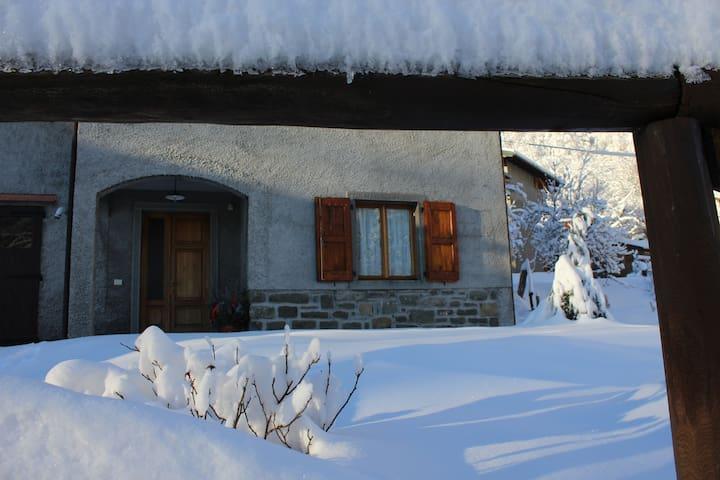 La casa in inverno