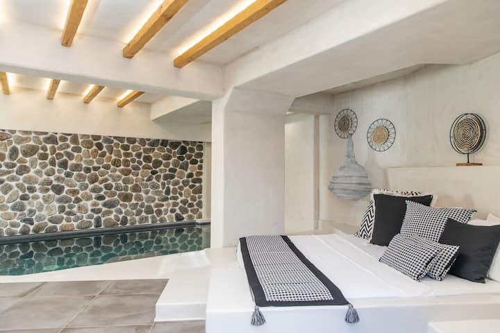SubMarine Suite - Korali Palace Hotel