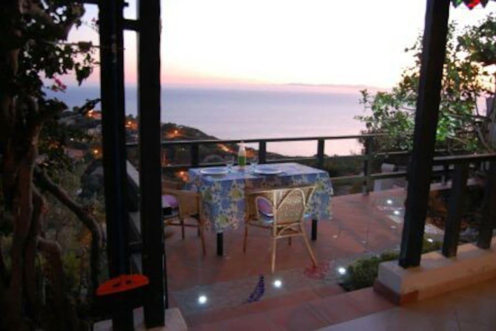 Villa aurora vista mare ville in affitto a torre delle - Casa profumatissima ...
