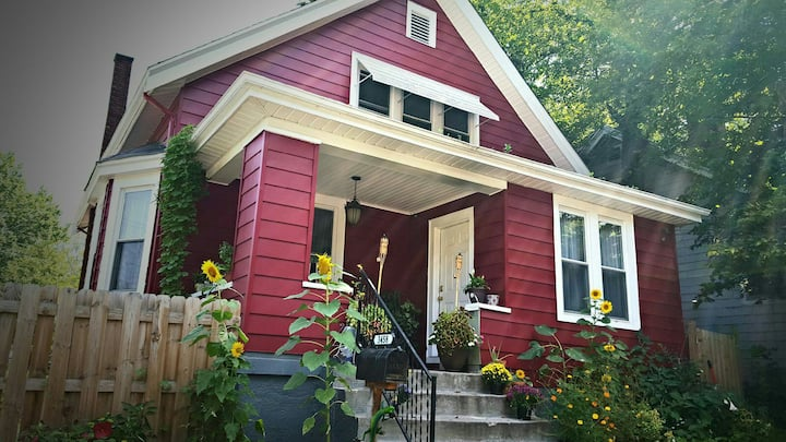 House close to zoo, UC, hospitals