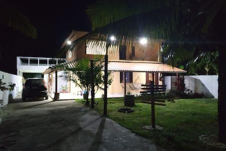 casa duplex  frente a praia, na ilha de Itaparica