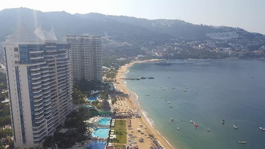 Acapulco Zona Dorada Suite Mediana