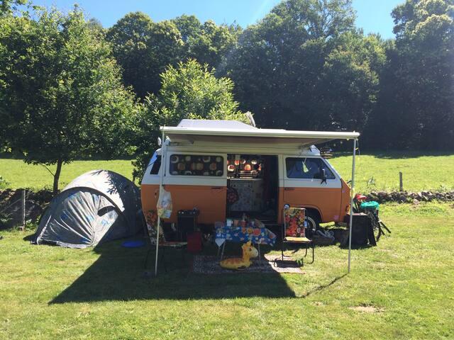 Hippie bussie op camping Buitenland (Drenthe)! - Nieuw-Amsterdam - Cottage