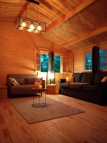 Joli chalet en bois àambiance cosy et chaleureuse