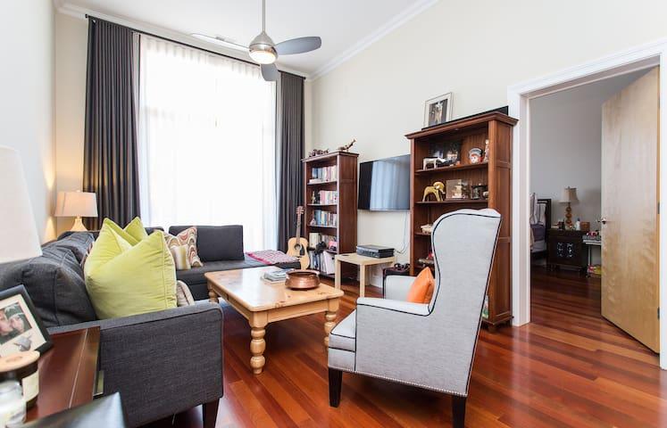 Spacious Room in an Elegant Condo