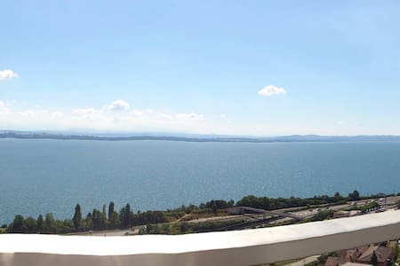 80m2 amazing view on the lac, 4pl