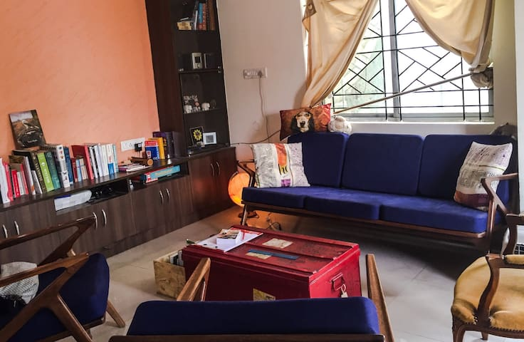 Spacious Bedroom with private bath - Bangalore - Byt