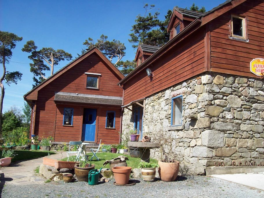 Summer - log to stone house