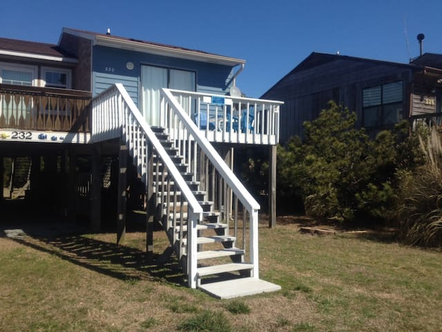 Little Blue Beach House - North Topsail Beach - Casa