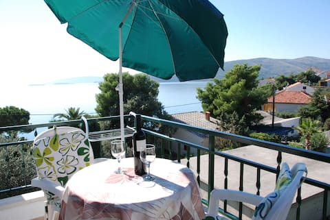 APARTMENT WITH SEA VIEW FOR 2 PERSONS