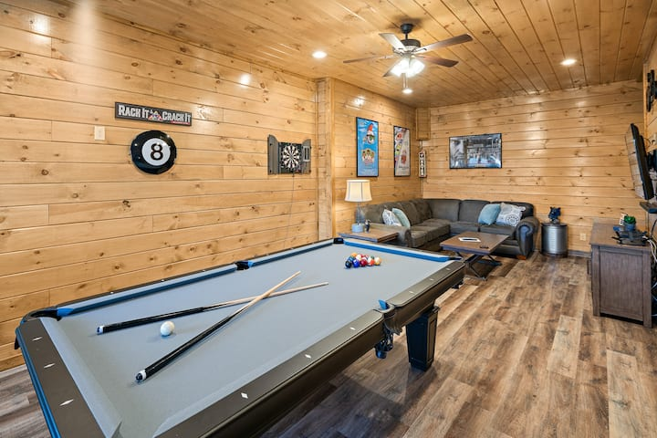 HotTub●PoolTable●10min→Gatlinburg●7SmartTVs●3Kings