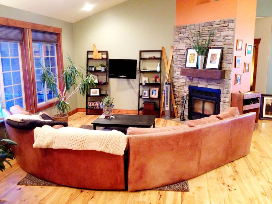 Very spacious and open living room.