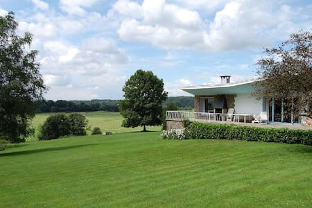 Luxury villa accommodation in Noiseux - Somme-Leuze