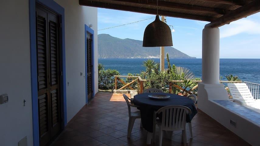 STRONGYLE beach house with panoramic views