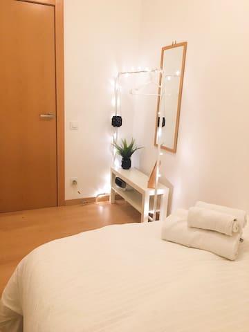 Double bedroom in Gracia