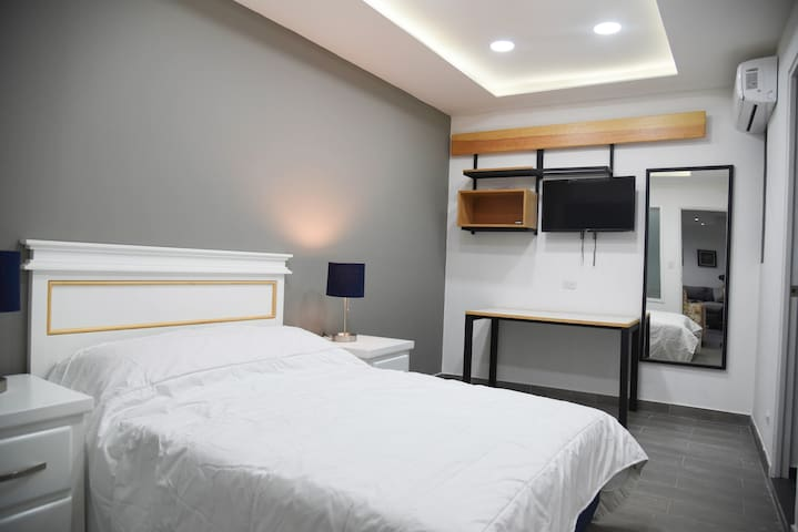 Casa moderna equipada como en pequeño hotel