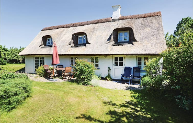 Holiday cottage with 2 bedrooms on 124m² in Kalundborg