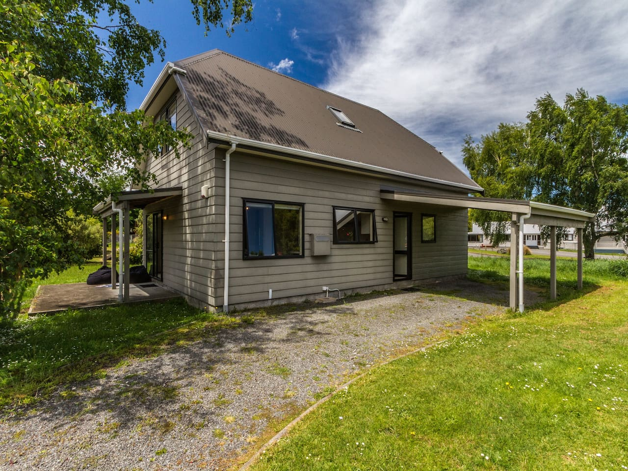 Escape on Alpine - Ohakune Holiday Home