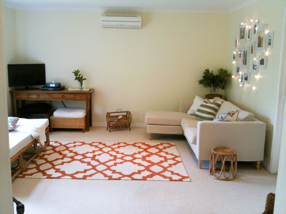 Living room - sofa and daybed