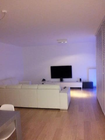Design Appartment (Tomorrowland) - Bornem - Leilighet