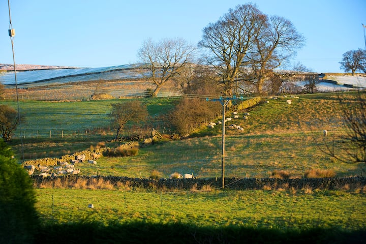Yorkshire Dales -  Comfy House Incredible Views