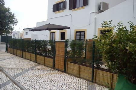 Casas férias Monte Gordo 1(Algarve) - Monte Gordo