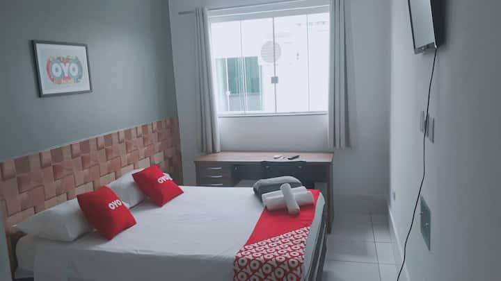Hotel! Suite espetacular 103 COM CAFÉ DA MANHÃ