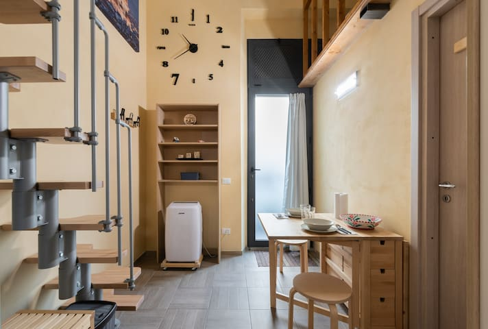 L Armadio Guardaroba Firenze.Airbnb Lastra A Signa Vacation Rentals Places To Stay