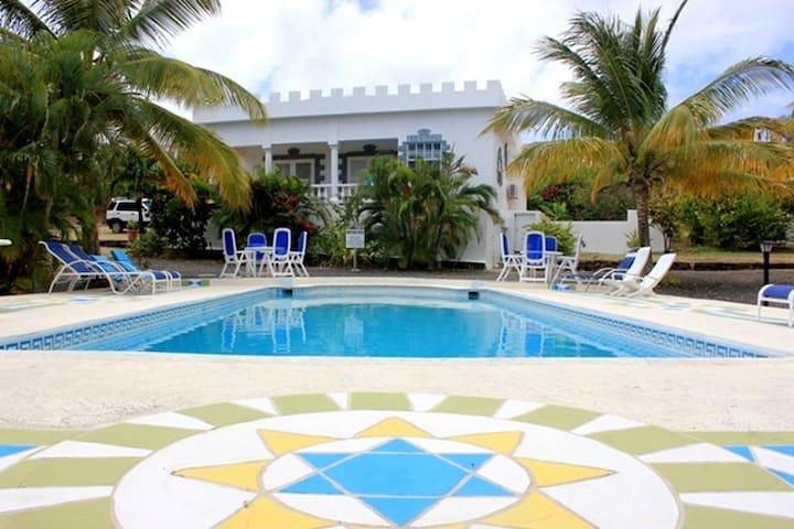 Castles in Paradise Villa 3