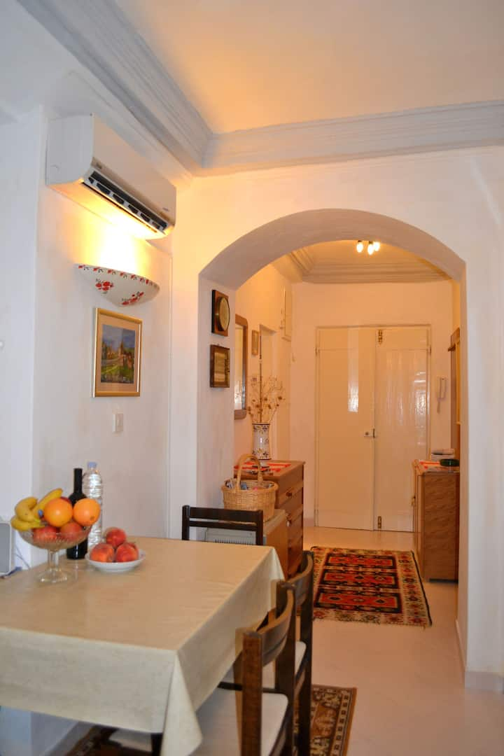 Old Town Apartment -superb location