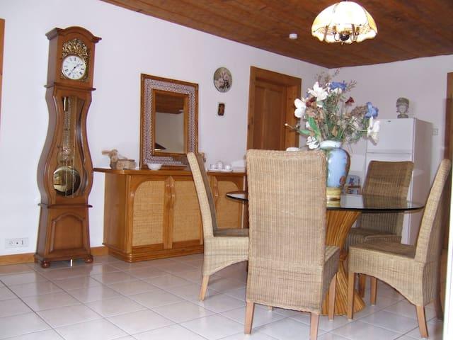 Gite 3 Etoiles 79m² Jura Mouthe - Sarrageois - Apartment