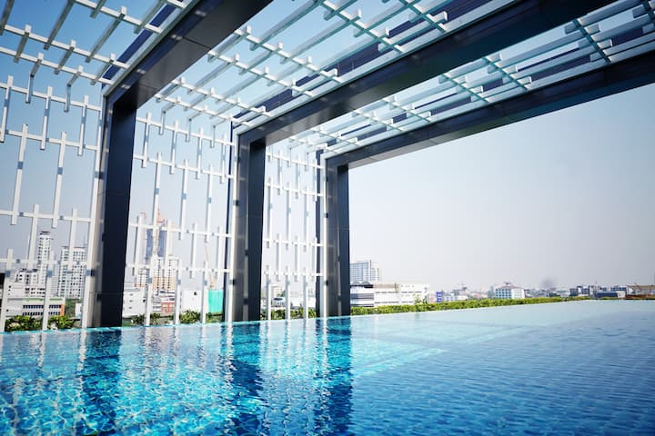 F Sukhumvit R./step BTS/in Mall area/infinity pool