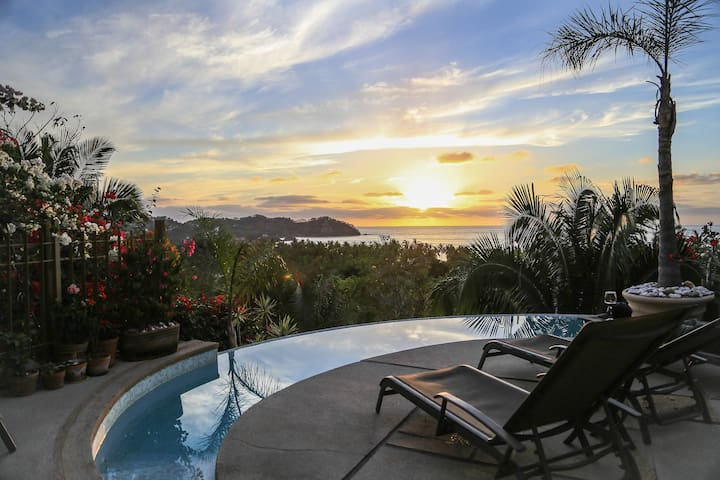Villa Sol Blau-Northside with stunning ocean views