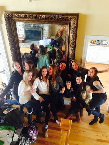 Ideal for bachelorette gatherings/girl friends getaways and other functions... this airbnb is perfect and affordable for fun groups and we have indoor amenities no one else does including indoor/outdoor picnicking/seating.  See our 5 star reviews online.