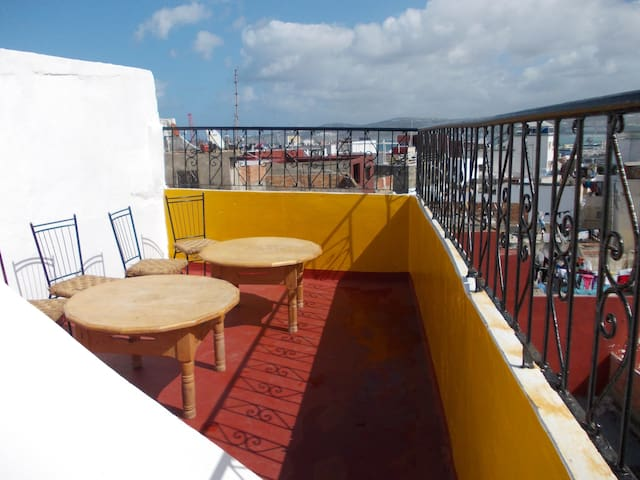 Authentic Medina House + Fab Views - Tangier