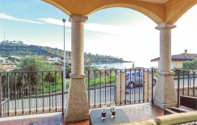 Holiday apartment with 2 bedrooms on 50m² in Arbatax -NU-