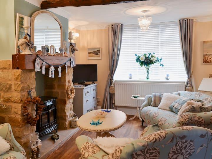 Coble Cottage (UK2266)