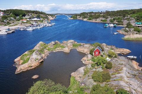 Privat øy på solfylte Hvaler.