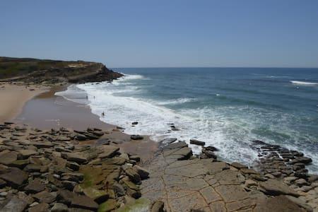 Apt in Sintra Praia das Maçãs beach - Colares