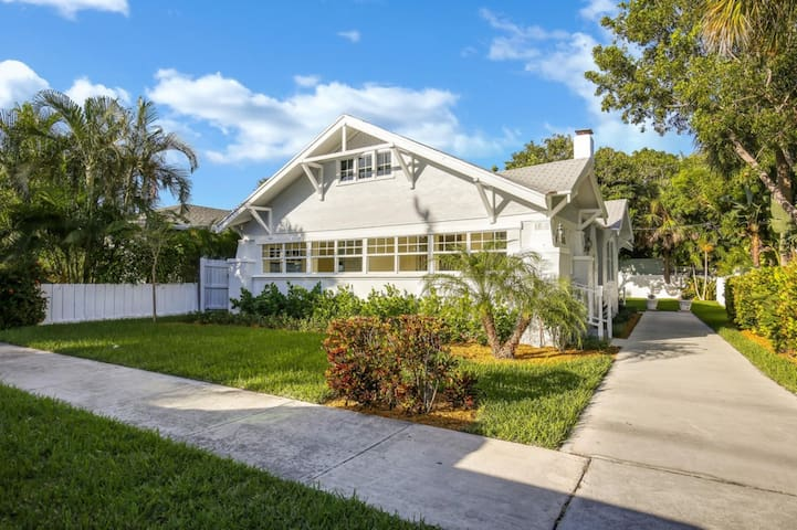 Beautiful Villa] with Private Pool, Close to the Beach, West Palm Beach Villa 1851