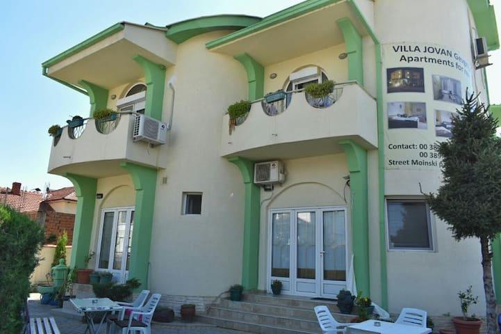 Villa Jovan & Dzoko Javor