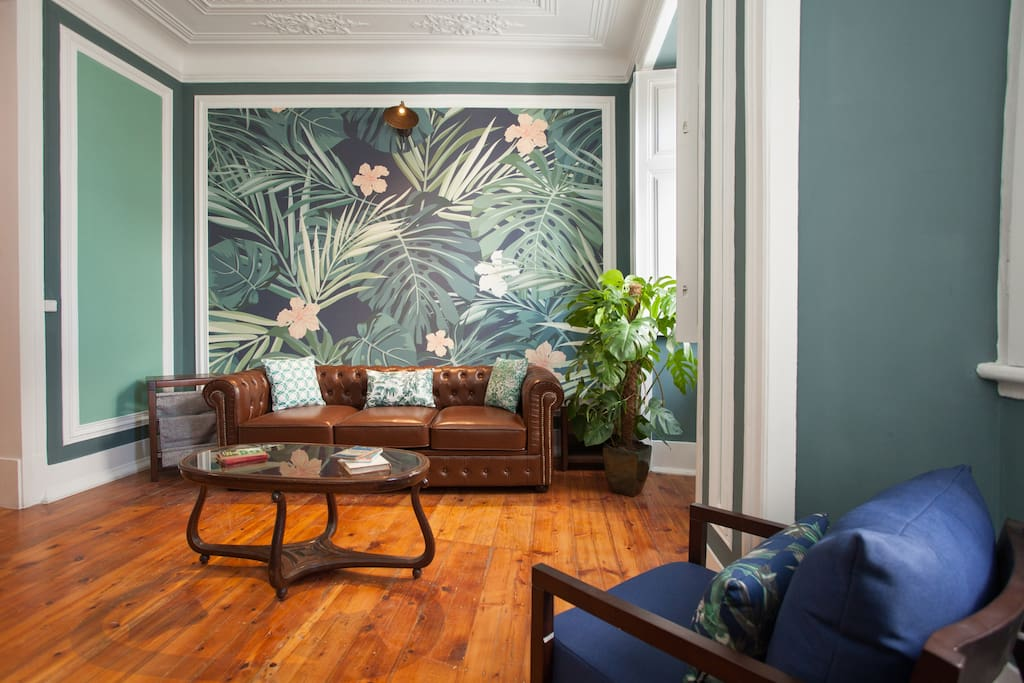 Lisbon Old Fashioned Living Room