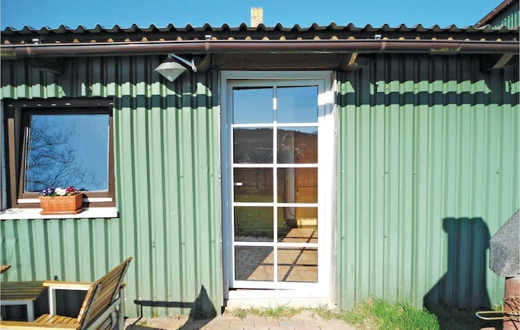 Holiday cottage with 1 bedroom on 40m² in Parkentin