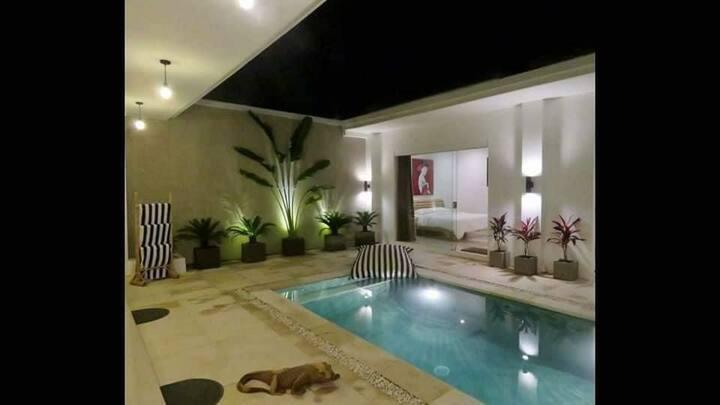 Villa Andrew ex Aydin Private Villa Kerebokan Bali