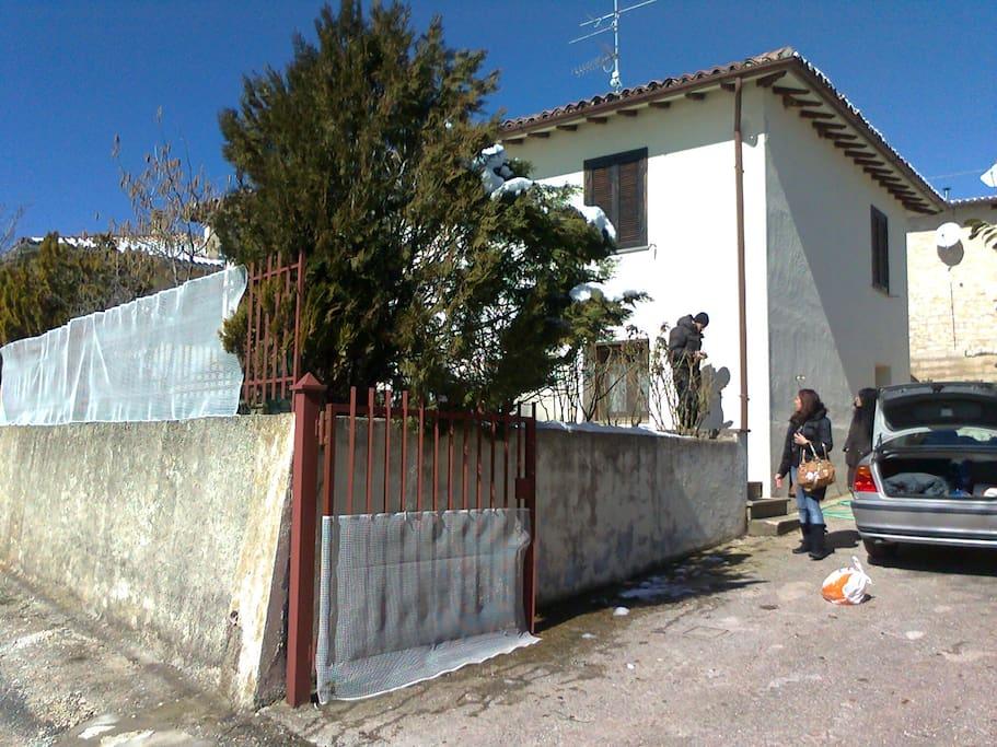 Casa a 1000 metri slm a 8 km da norcia case in affitto for Piante da frutto a 1000 metri