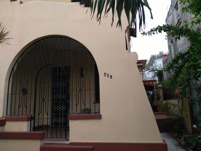 Giselle's Apartment x families + celular internet