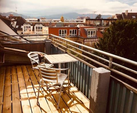 Unterm Dachjuchhe Business mit Balkon - Stadtmitte