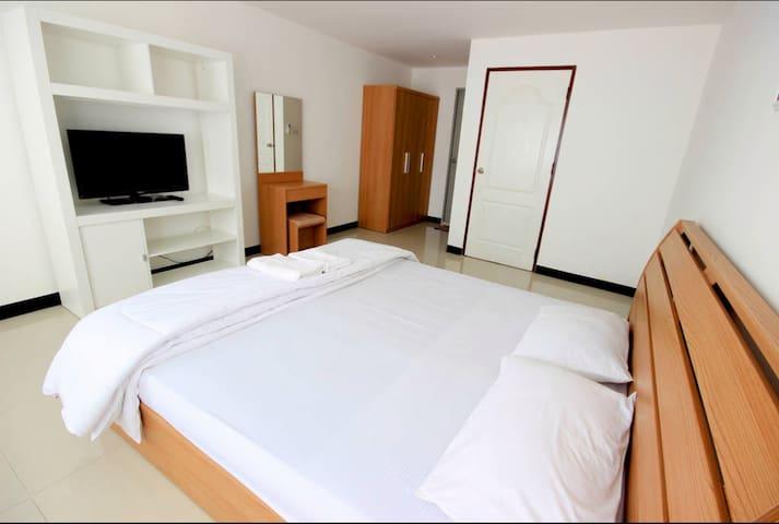 45 SQ.M. Simple Budget Unit 301A - Pa dad  - Apartamento